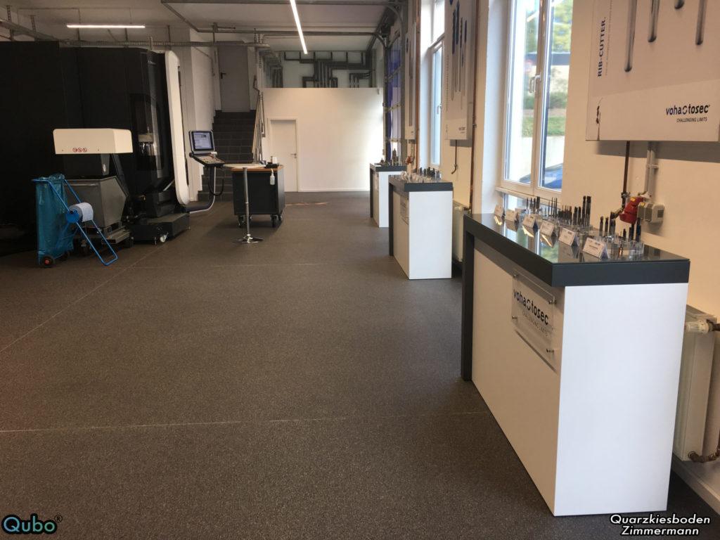 Produktion und Ausstellung mit Steinteppich