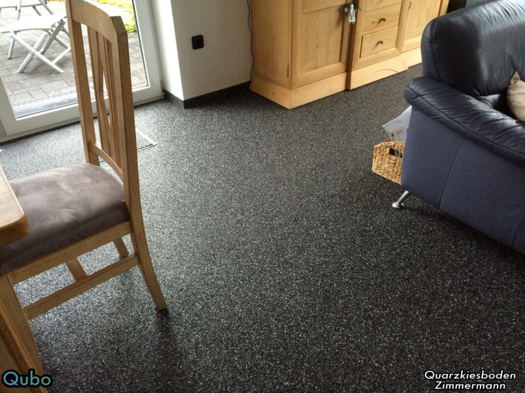 Qubo Steinteppich im Wohnzimmer 1024x768 1