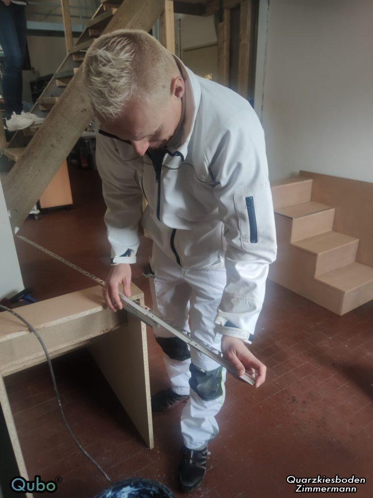 Steinteppich Schienen bearbeiten am Treppenmodel